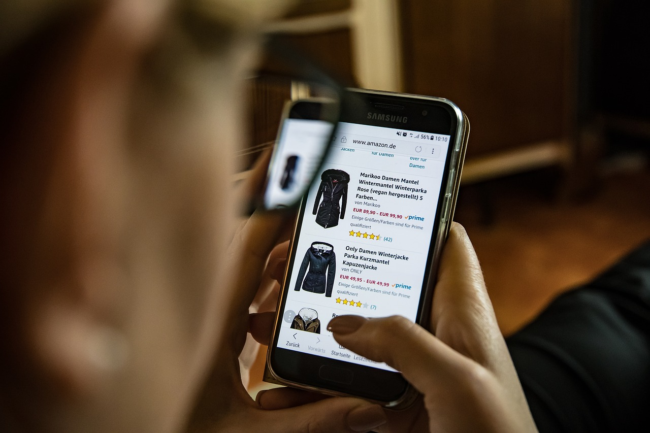 Man shopping online using a smartphone